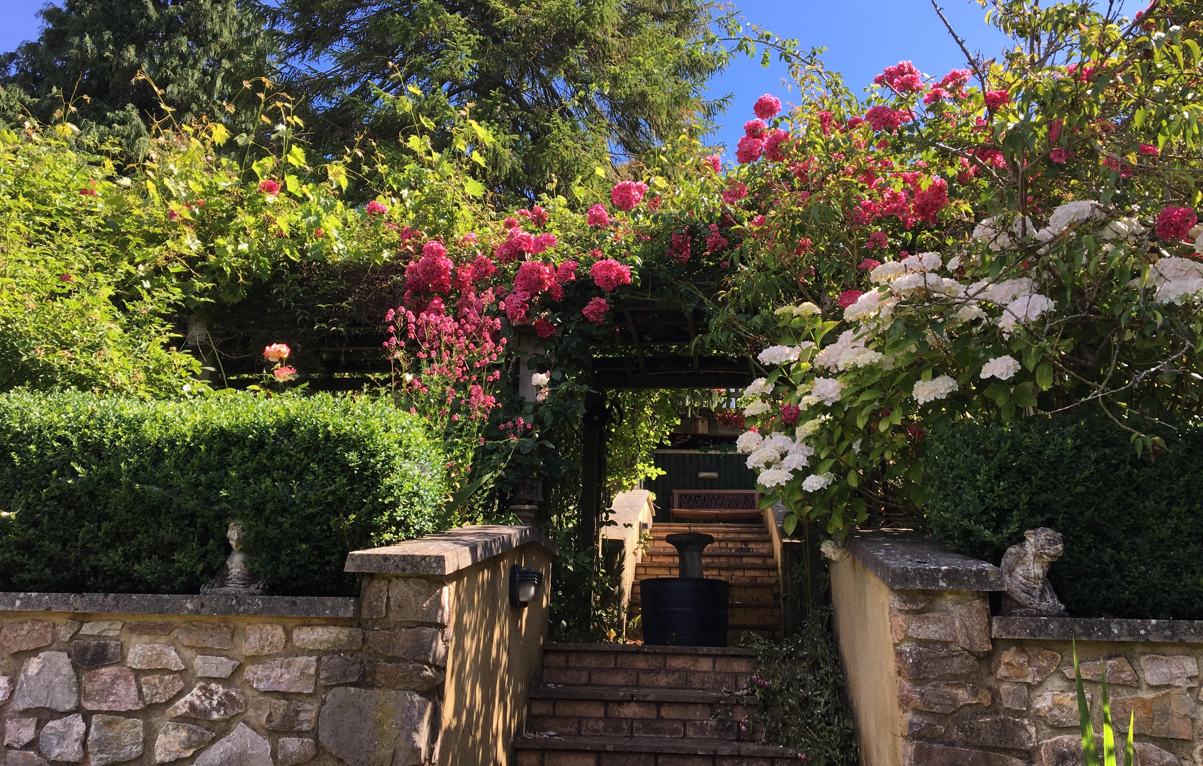 August garden jobs