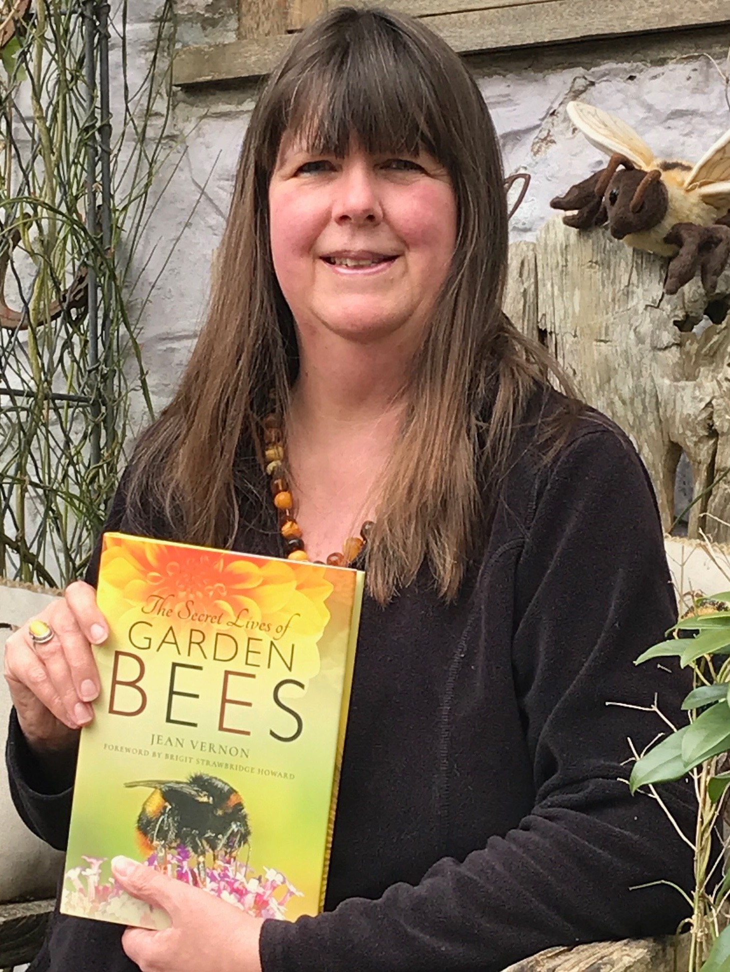 The Secret Live Of Garden Bees by Jean Vernon