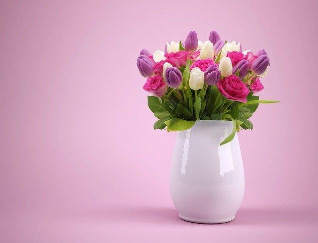 A white china jug filled with pink tulips, Choosing the best cutting flower garden plants