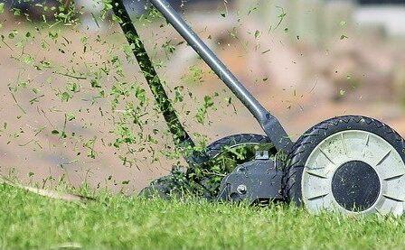 Ryobi OLM1833H ONE+ Cordless Lawn Mower Review
